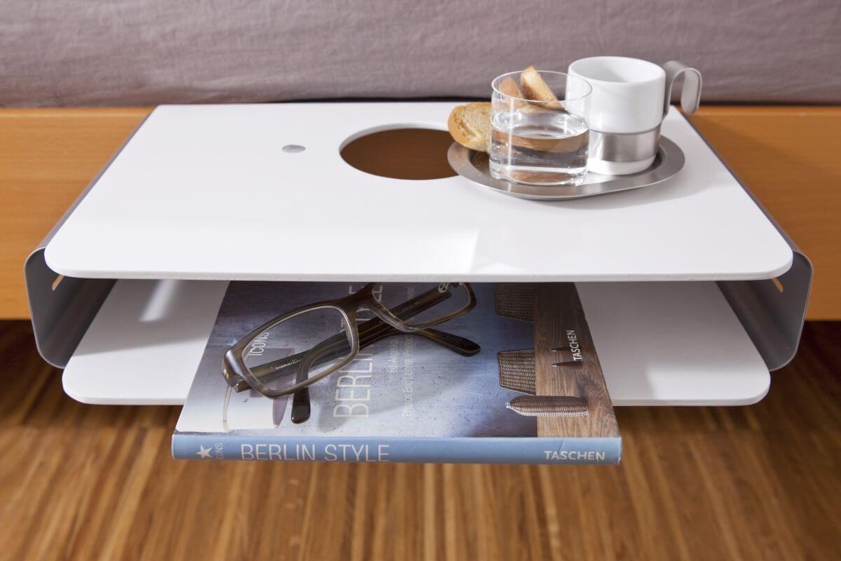 mini nachttisch zum anh ngen anklemmen bett butler. Black Bedroom Furniture Sets. Home Design Ideas